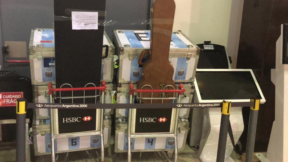 Retienen equipaje de la Selección en la Aduana