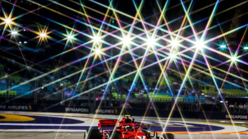 Red Bull y Ferrari arriba en los primeros ensayos