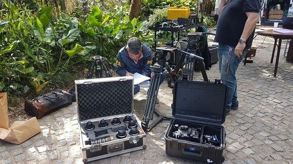Robaban equipamiento en Hollywood y lo alquilaban en el país