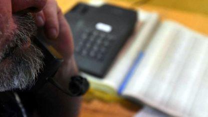 Los estafadores llaman a cientos de números al azar hasta obtener una víctima.