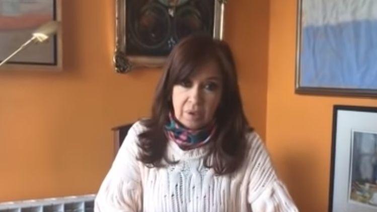 Cristina Fernández declara ante tribunal por supuesto lavado de dinero