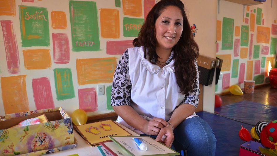 La maestra que trabaja por los niños más vulnerables
