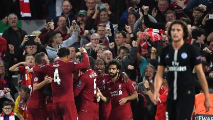 Los jugadores del Liverpool festejan el triunfo.