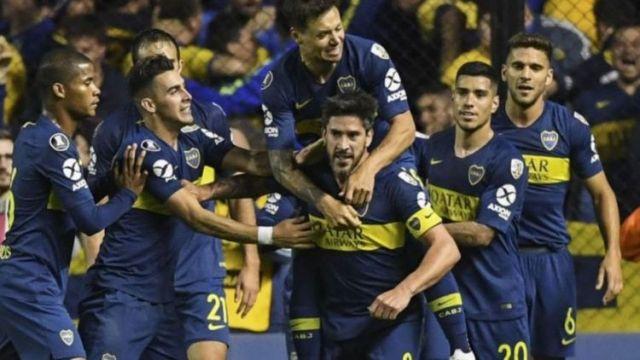 Mauro Zárate y Pablo Pérez fueron los autores de los goles.