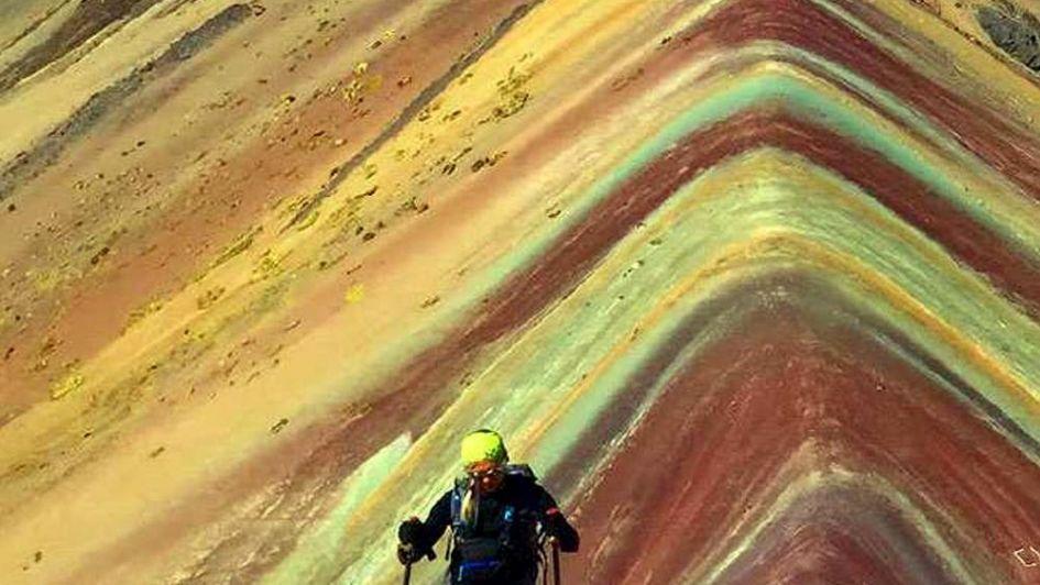 Perú: la montaña de los 7 colores, un recurso que enfrenta a los campesinos