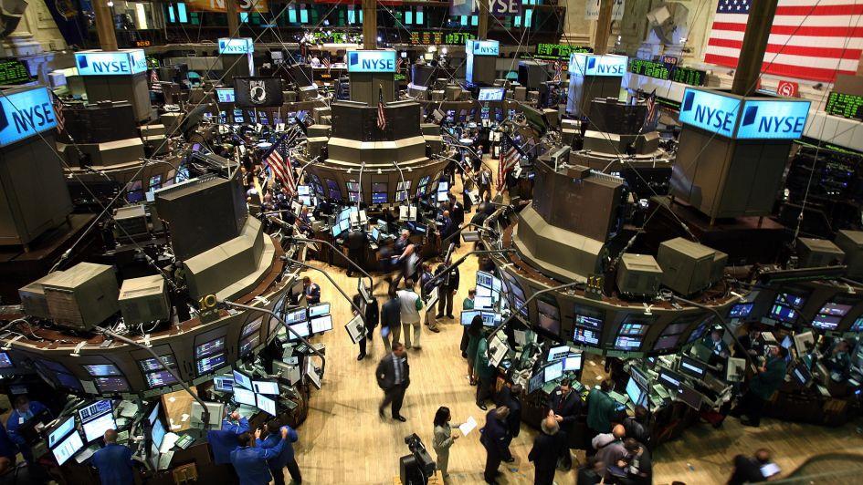 Desplome en Wall Street arrasó con el mercado local