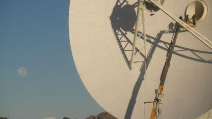 El equipamiento de la antena soportará el requerimiento de ancho de banda hacia una frecuencia más alta.