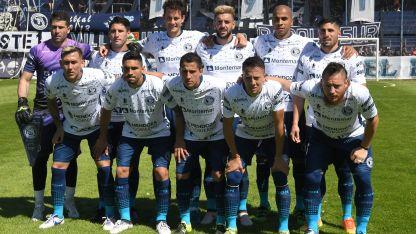 Los 11 que salieron frente a Platense podrían repetir frente al clásico rival.