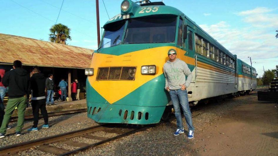 Talca-Constitución: tren al Océano Pacífico