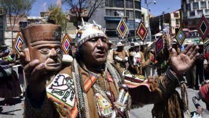 "Esperanza. Un grupo de sacerdotes aymara realizan un ritual para ""dar energía a los jueces""."