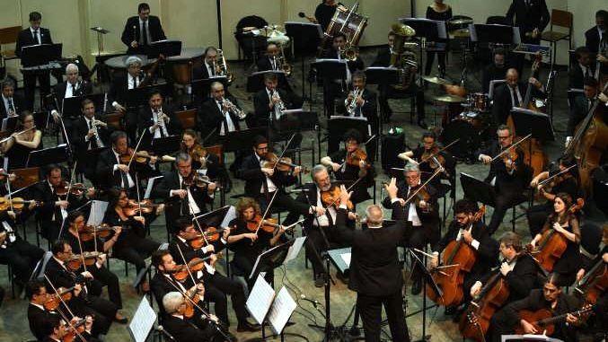 Feria del Libro: arranque a toda orquesta