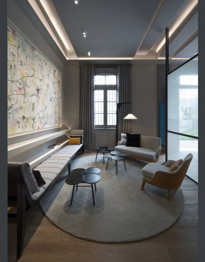 Desde un antiguo convento, Casa FOA destaca propuestas para el hogar y la oficina