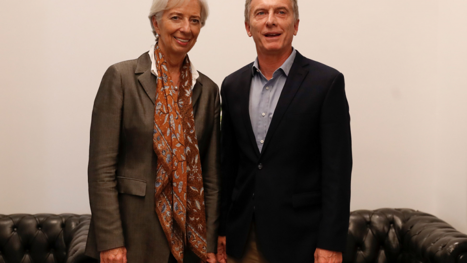 Tirar la manga (al FMI) - Por Jorge Sosa