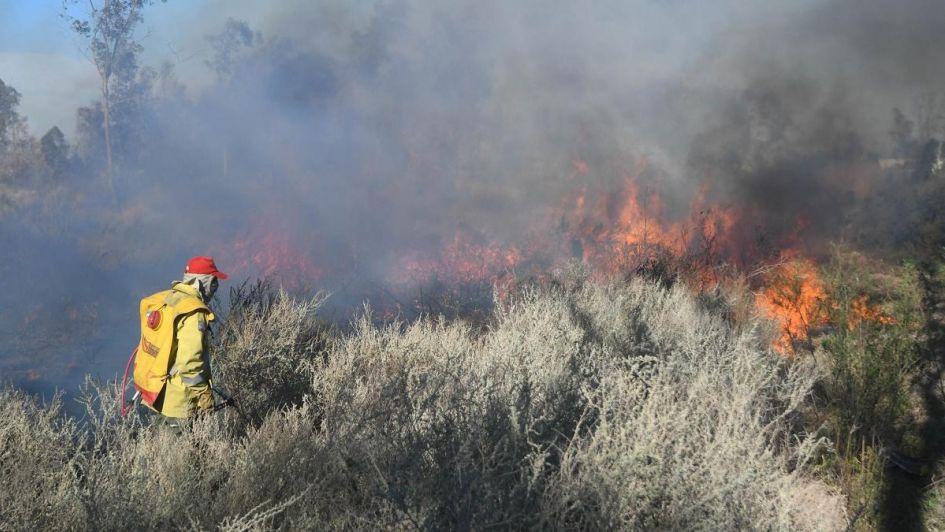 Fotogalería: otro incendio generó preocupación en Las Heras