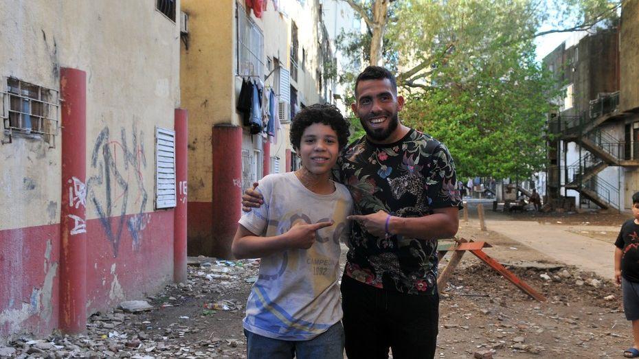 Conocé al actor que interpretará a Carlos Tevez en su serie
