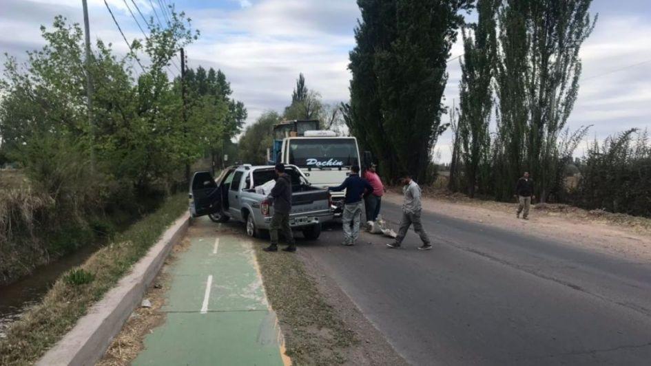 Fotos: un choque en la ciclovía de Luján casi termina en tragedia
