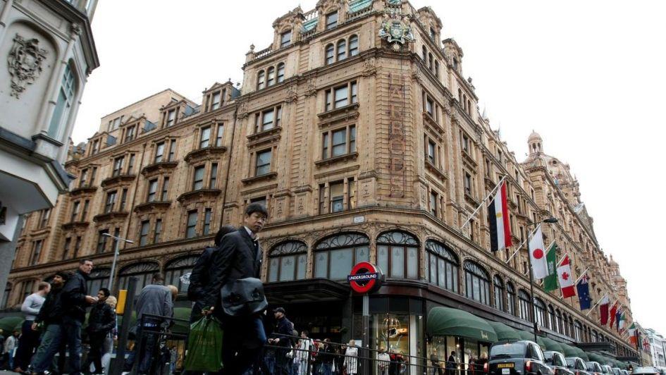 Conocé a la misteriosa mujer que gastó 21 millones de dólares en una tienda de Londres