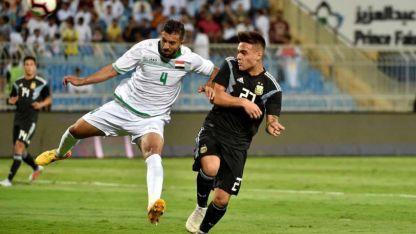 Con este frentazo al ángulo, Lautaro Martínez marcó su primer gol en la Selección mayor.