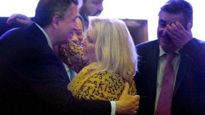 Macri llegó al CCK después del discurso de Carrió, que había dejado a muchos atónitos, sobre todo a los ministros.