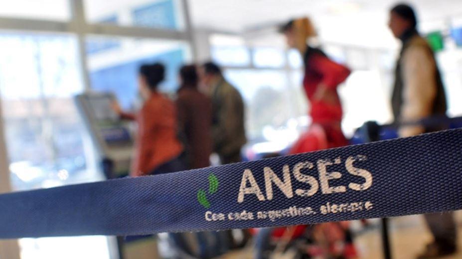 Quiénes podrán acceder a los nuevos créditos y beneficios de Anses