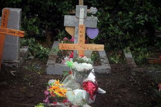 Los restos de Sheila descansan en el cementerio de San Miguel.
