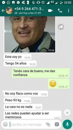 Escándalo en San Juan: un cura renunció a su cargo tras intentar seducir a un joven
