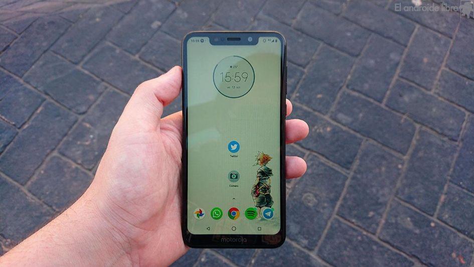 Llegó Motorola One, el nuevo hijo de la familia