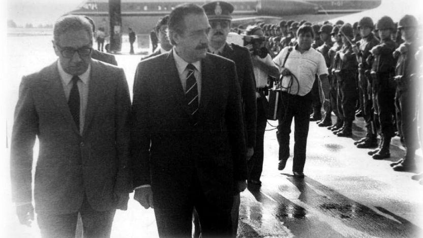 Nuestra democracia, 35 años después - Por Luis Alberto Romero