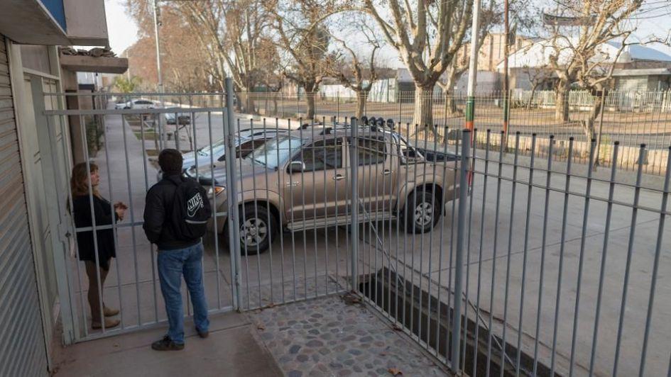 Rejas en barrios de Guaymallén: es necesario para frenar los delitos - Por Tomás Aguilera