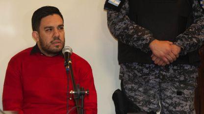 Adrián Guirin, cuando anunciaba los eventos y las fiestas.