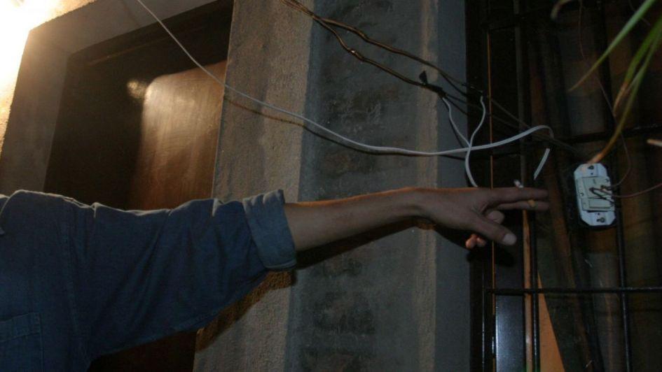 Un joven murió electrocutado cuando realizaba una conexión ilegal en su casa de San Martín