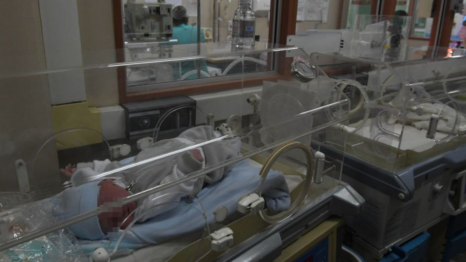 Quién es la haitiana que quiso escapar con su bebé y mordió a una médica del Lagomaggiore