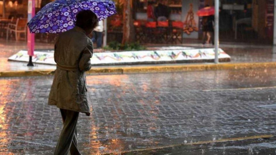 Zonda, nevadas y lluvia: un pronóstico de
