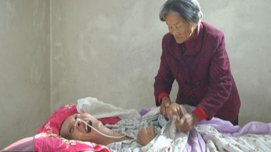 Milagro: un hombre despertó delante de su mamá tras pasar 12 años en coma