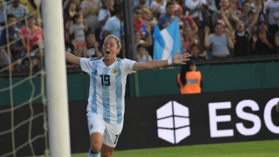 Es hora de alentarLAS: la Selección femenina goleó a Panamá y se acerca al Mundial