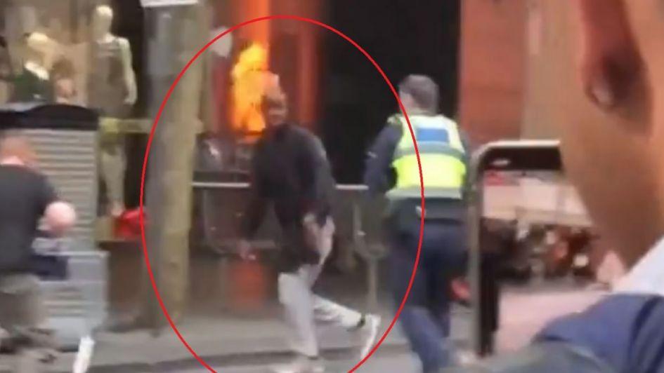 Video: así redujeron al hombre que mató e hirió a transeúntes con un cuchillo en Melbourne