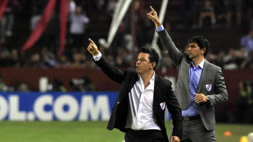 Gallardo vio el partido en El Monumental y festejó con los hinchas