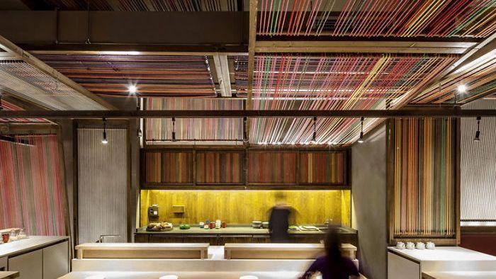 Maravilloso diseño que convierte a un viejo almacén en un restó exclusivo