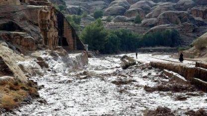Destrucción. Los graves efectos que producen las lluvias e inundaciones en el Oeste de Jordania, en la zona de Petra.
