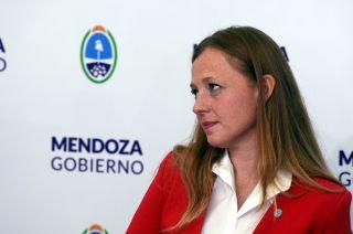 La ministra de Hacienda Paula Allasino.