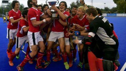 Los dirigidos por Jorge Dabanch levantan la copa Minuto Hockey