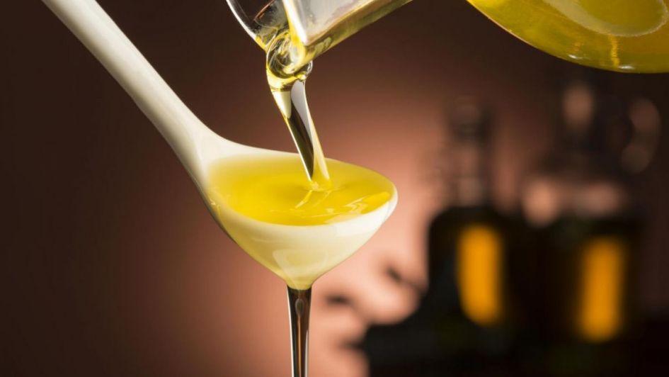 Prohíben la venta de tres marcas de aceite de oliva y una de girasol