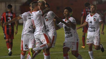 Deportivo Maipú debe ganar en Catamarca.