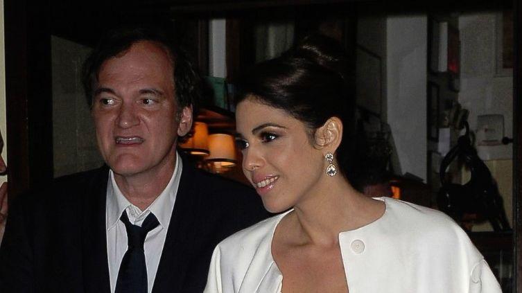 Quentin Tarantino se casa con modelo israelí ¡más joven que él!