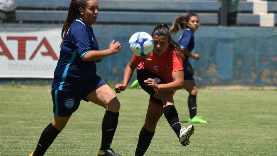 66079b36afe78 Mendoza y Tucumán definirán el campeón Nacional de fútbol femenino
