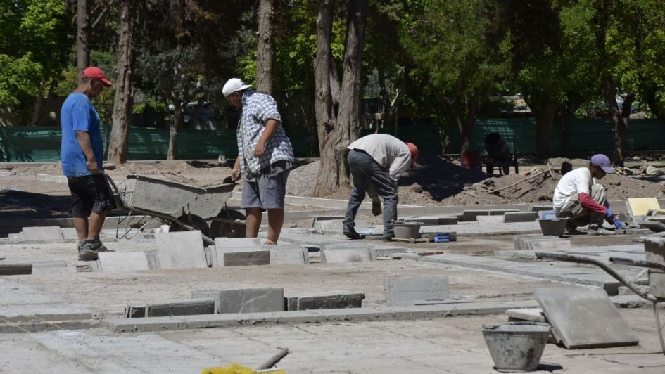 Plazas de Junín: la remodelación  ya lleva el doble de lo planeado