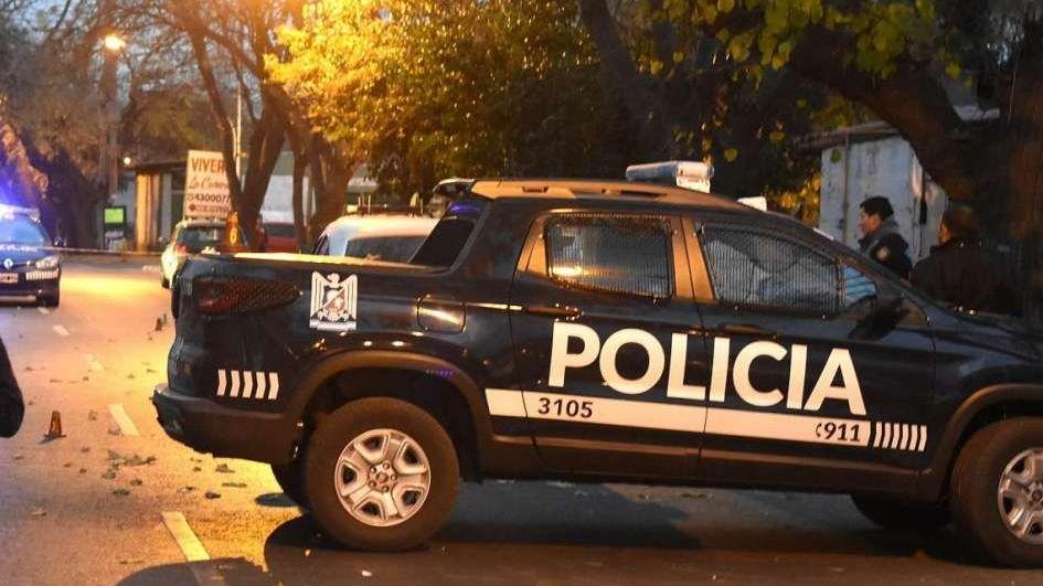 Le dispararon en la cara a una joven durante una feroz pelea entre mujeres en Godoy Cruz