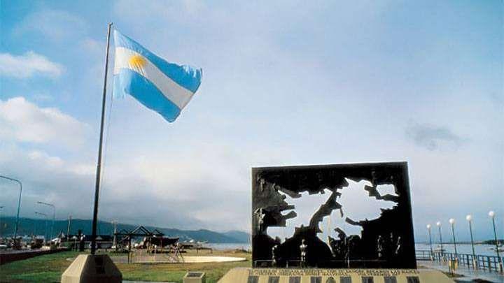 Malvinas: el retorno de uno de sus héroes