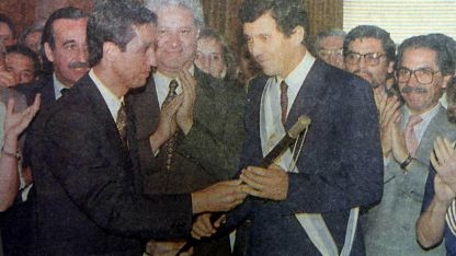 A gobernar. El ex gobernador Arturo Lafalla cuando asumió la gobernación en diciembre del ´95.