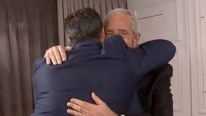 Este sábado ambos presidentes se saludaron con un abrazo.